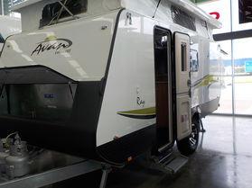 Avan Ray 490 - Adventure Pack - Shower & Toilet